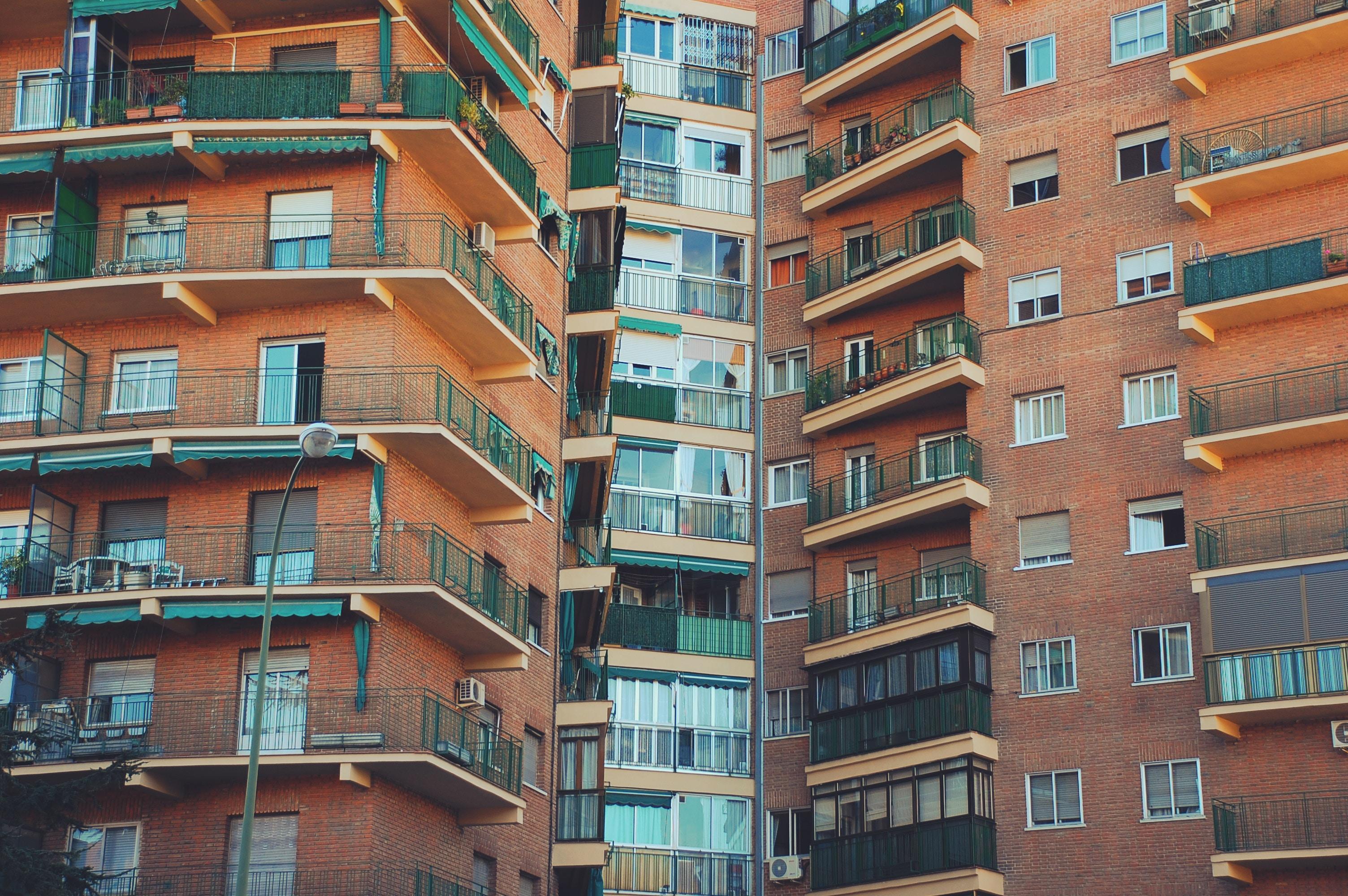 dezavantaje apartamente vechi